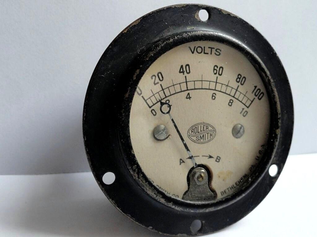 Antique Volt Meter : Steampunk antique volt meter roller smith