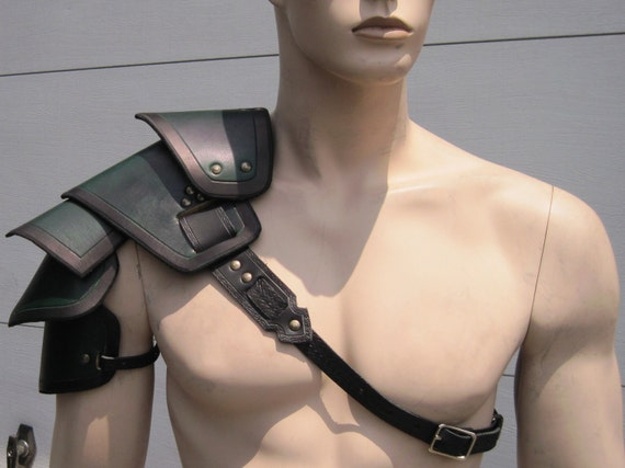 Leather Armor Sentinel segmented shoulder