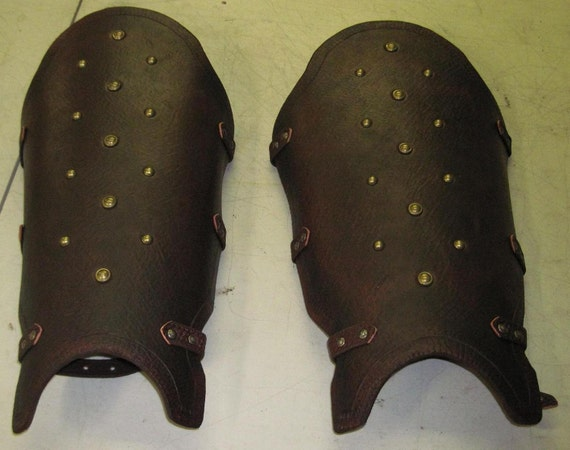 Leather Armor Gladiator Greaves
