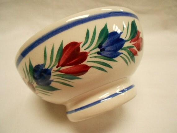 Vintage French HB Henriot Quimper Handpainted Floral Café au Lait Bowl (A089)
