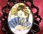 Adjustable Ring with pretty geisha