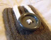 iPhone/iPod/iTouch/cell phone felted wool sleeve/case/cover in brown with button closure