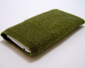 iPhone iPod cell phone felted wool sweater knit sleeve/case/cover in green