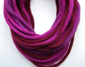 Unisex knitted Roap scarf in purple and garnet