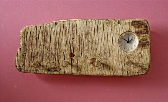Decorative driftwood wall hanger with a clock, Driftwood Hanger, rustic style hanger with a clock,Key Organizer,Jewelry Organizer