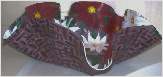 Christmas Decorative Dish Poinsettias Hand Painted Melted Record Holiday Decor XMAS Flowers Recycled Vinyl Painting