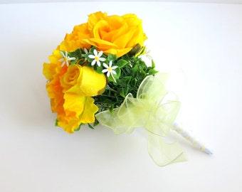 CLEARANCE - Bridal Bouquet - Silk Bouquet - Faux Bouquet - Artificial Bouquet - Yellow Roses Bouquet