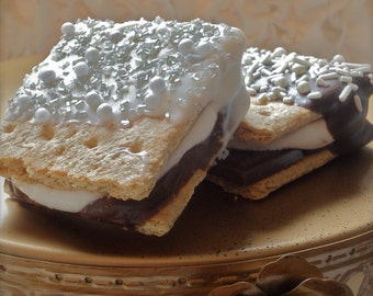 Edible wedding Favor Marshmallow Smore Sandwich Frost the Cake