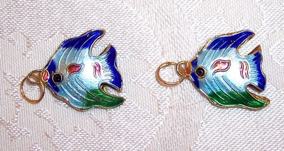 Cute Double-sided Tropical Fish Cloisonne Pair - 20mm x 20mm
