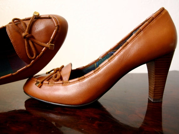 """Vintage AMERICAN LIVING Leather Tan Oxford Loafer Nerd School Girl Shoes With Chunky Wooden 3.5"""" Heels Size 10 M"""