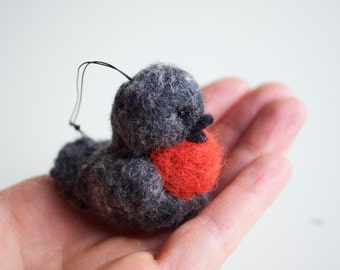 Little Robin Birdie - Needle Felted Wool Ornament