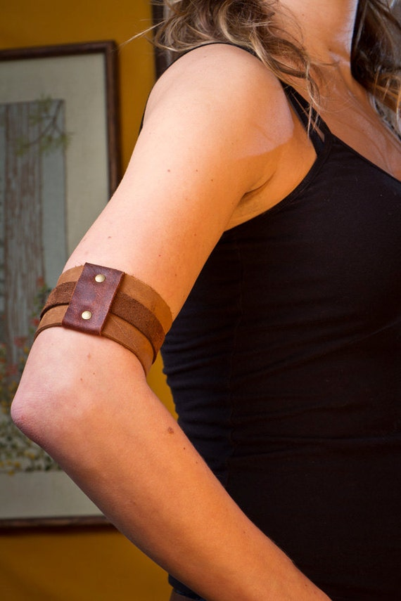 Leather arm band.