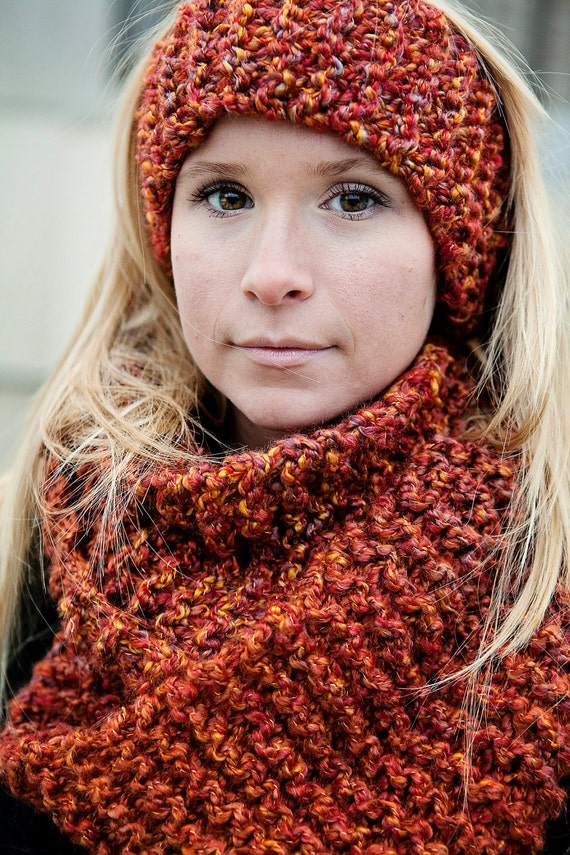 Quick Knit Infinity Scarf Pattern : Digital Download of our Quick and Easy by BglorifiedBoutique