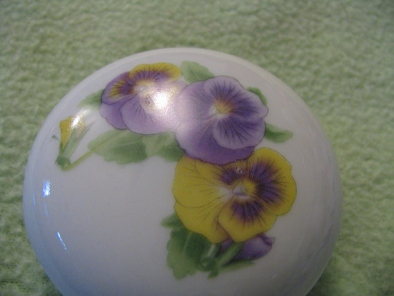 Cute little pansy trinket box