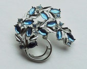 Blue Rhinestone Brooch: Sarah Coventry, Silver, Leaf, Botanical Pin