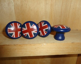Union Jack/British Flag 1-1/4 inch Round Wooden Drawer Pulls /  Drawer Knobs (Set of 4)