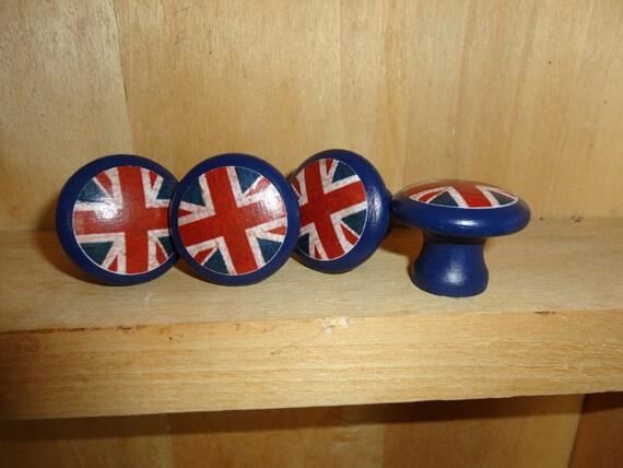 Union Jack/British Flag 1-1/4 inch Round Wooden Drawer Pulls /  Drawer Knobs (Set of 4)