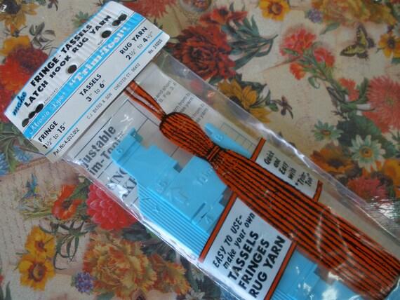 """Handy Vintage tool Marcia Lynn """"Trim Tool"""" make Fringe -Tassles - Latch Hook Rug Yarn New in Package No. 24055"""