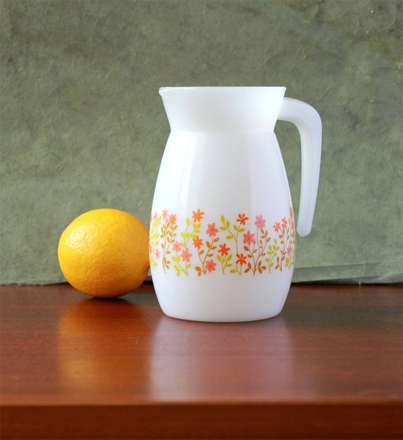Vintage Pitcher - French Arcopal -  White opal glass - 1970s