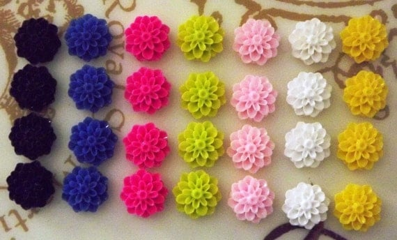 Resin Cabochons / Resin Flowers - 14pcs Resin Roses / Resin Flower Cabochons 17mm ... Mixed Lot