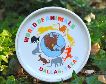 World Of Animals, Dallas Texas Souvenir rimmed plate from 1968