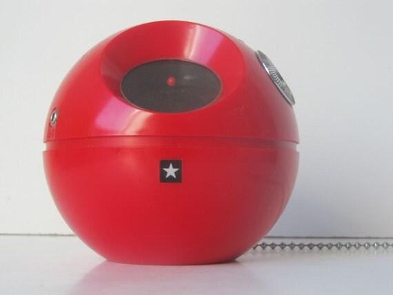 "Vintage ""panapet"" type R-010 Red Transistor AM Radio, Radiola"