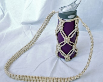 Macrame Water Bottle Holder in Pearl