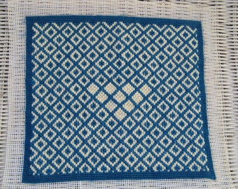 Vintage 1980 Teal Blue and Off White  Bargello Needlepoint Finished Piece