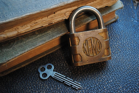 Antique Brass Padlock with Working Key NEMO Steampunk Industrial vintage Yale