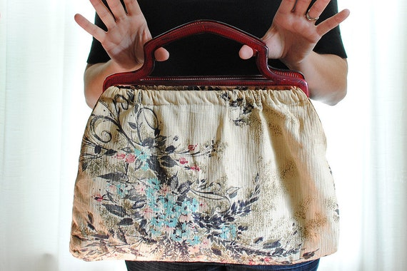 Vintage 1940s Barkcloth Purse with Celluloid Handle Floral Handbag