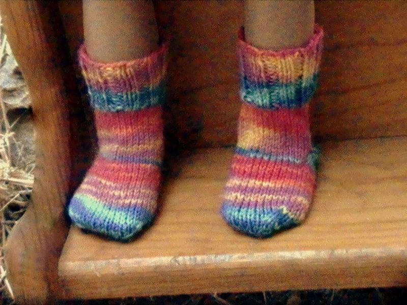 003 Knit socks pattern for American Girl doll