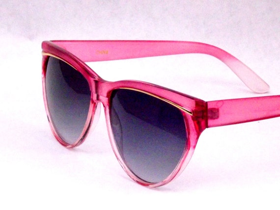 Pink Sunglasses with Gold Accent Vintage Cat Eye Tear Drop New Old Stock