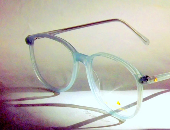 Big Eyeglasses / Designer Round Eyeglasses / Pale Icy Baby Blue Semi-transparent / 80's Vintage / Liz Claiborne / Powder Blue