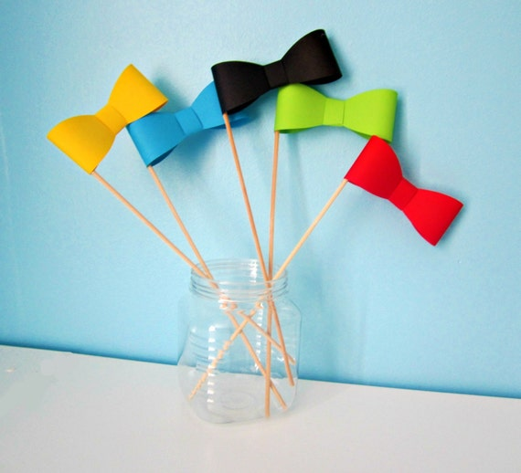 Photo booth props - 3D bow ties on a stick - set of 2
