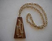 "Vintage Sarah Coventry ""CLASSIC"" Geometric Pendant/Necklace"