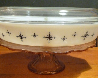 Pyrex Divided Casserole/Serving Dish with Cover  'Compass' Pattern