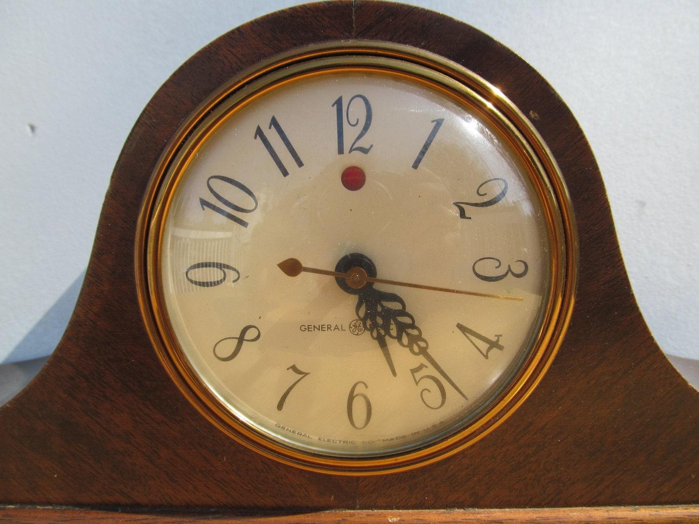 General Electric Clock Model 3ho6