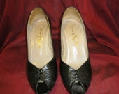 RESERVED for NATALE Black Leather Pumps - 1980's Nina - Vintage Black Leather Ruched Peep Toed Heels  - Size 7M