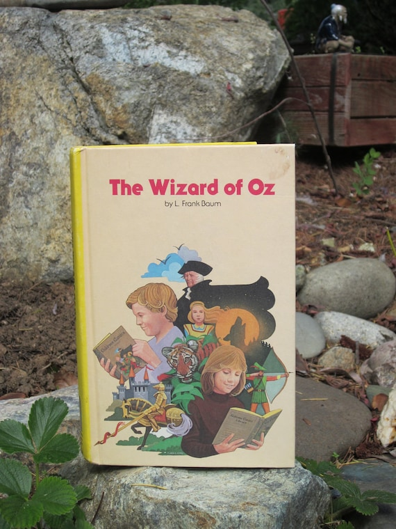 The Wizard of Oz hardback-  by L. Frank Baum - Vintage Children's book- Children's Classic Library - Bobley Publishing Corp. 1979 - Yellow