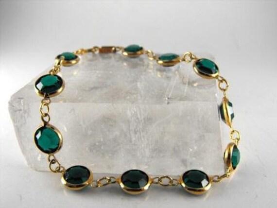 Vintage BRACELET Green SWAROVSKI Crystal SIGNED Piece Goldtoned 1979 Swan Hallmark 18.00 obo