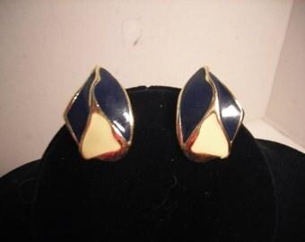 Vintage Navy Off White and Goldtone Post Enamel Earrings