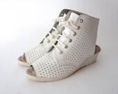 Vintage white leather peep toe wedge