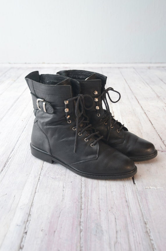 Vintage Combat black Leather grunge 90s Boots with Buckle