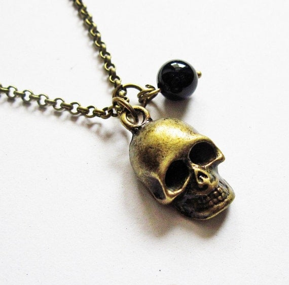 Skull Necklace, skull jewelry, head necklace, punk style, black onyx bead, 3D skull, plain chain, brass necklace, mexican day of the dead
