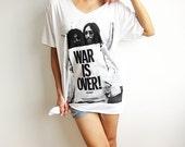 The Beatles John Lennon Yoko Ono War is Over Peace Sign White V Neck T Shirt Size XL
