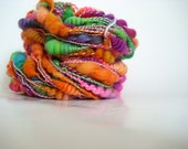 Brony - rainbown handspun yarn with bulky coils art yarn neon Falkland