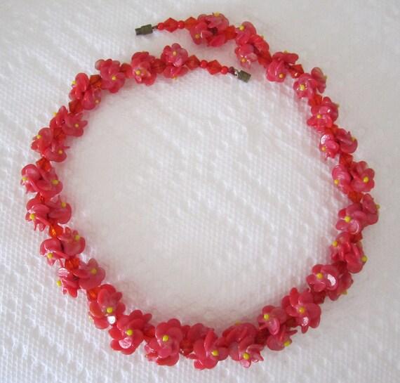 Vintage floral necklace red flowers
