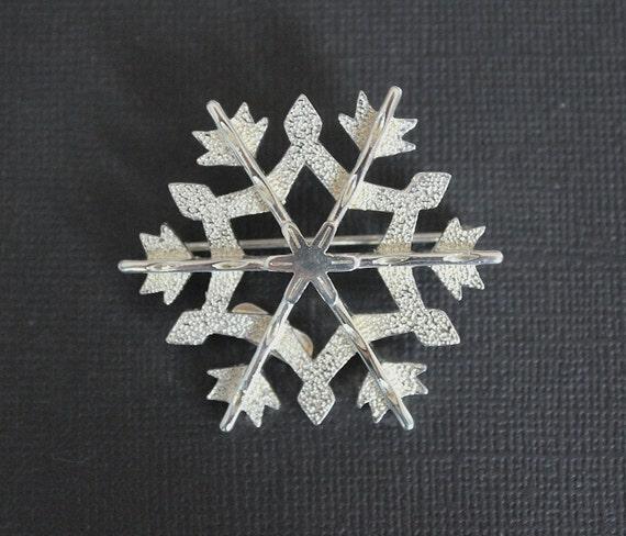 Eisenberg Ice Snowflake Brooch
