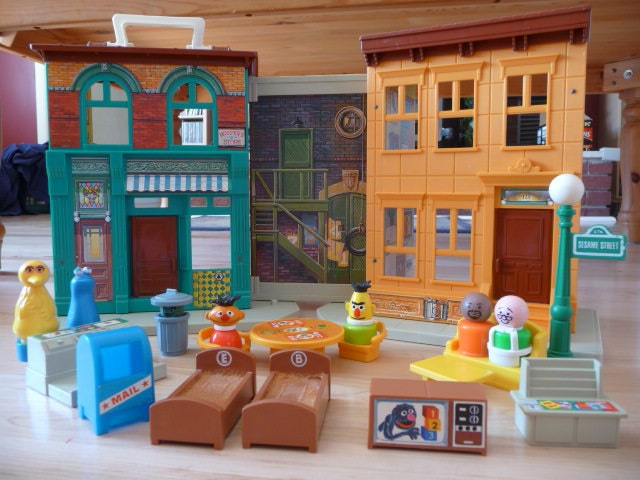 Fisher Price Sesame Street House 938