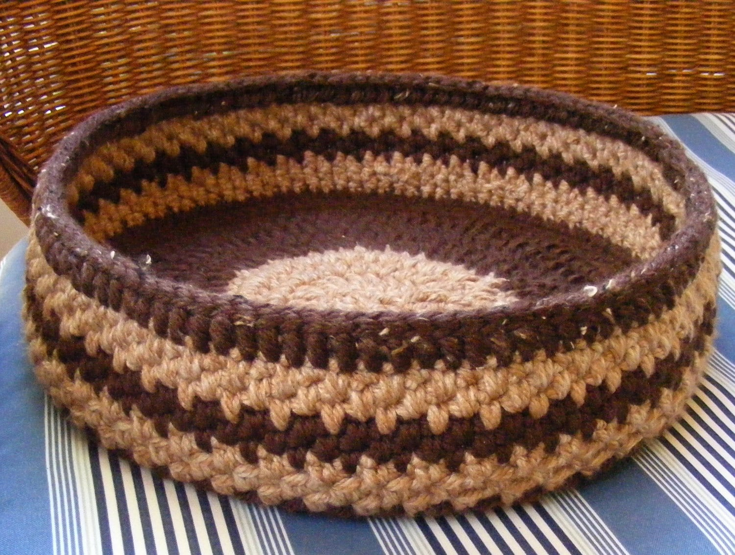New Crochet Pattern For A Dog Bed